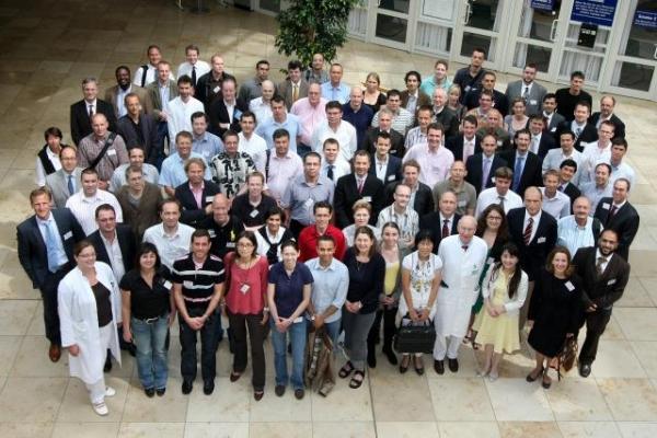 "Gruppenbild der Teilnehmer auf dem ""Regensburg Course in Facial Plastic Surgery"" 2010"