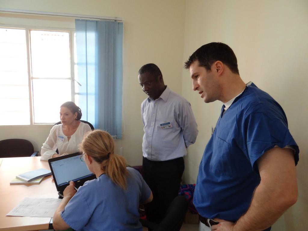 Teambesprechung mit Prof. Gassner in Rwanda 2016
