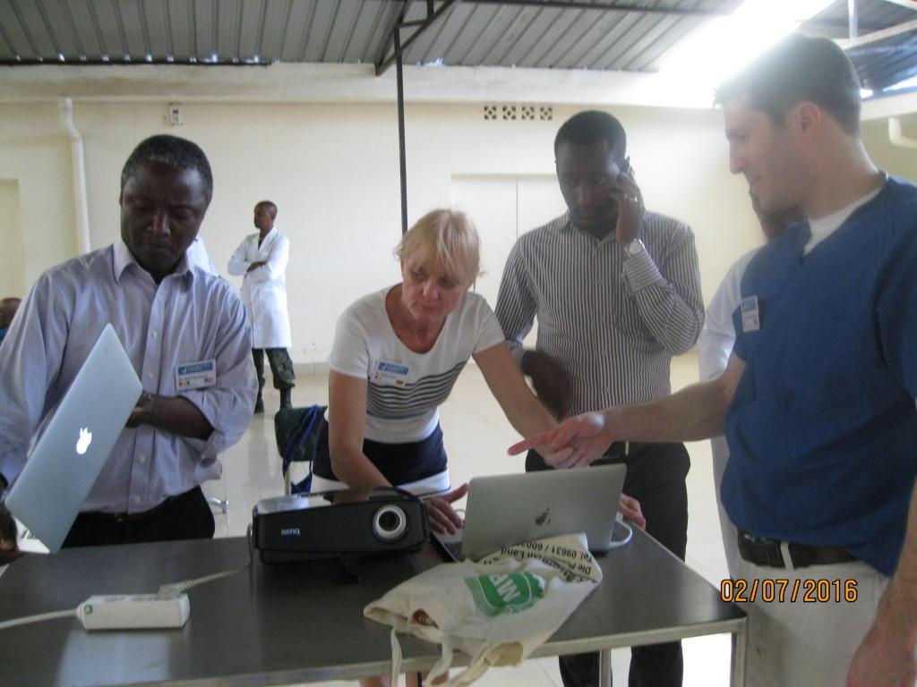 Team von Prof. Gassner in Rwanda 2016 bereitet sich vor