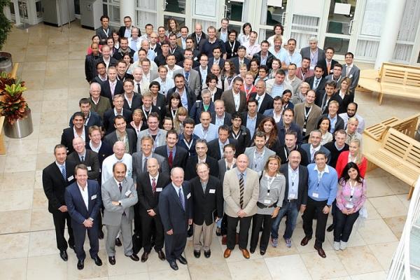 """Gruppenbild der Ärzte auf dem """"Regensburg Course in Facial Plastic Surgery"""" 2011"""